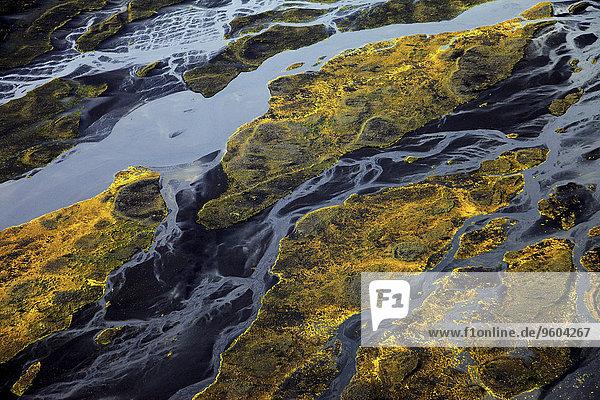bedecken Landschaft Fluss Ansicht schlangenförmig Luftbild Fernsehantenne Island Landmannalaugar Moos