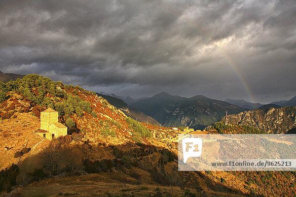 Spanien  Nationalpark Ordesa  Tella  Berglandschaft