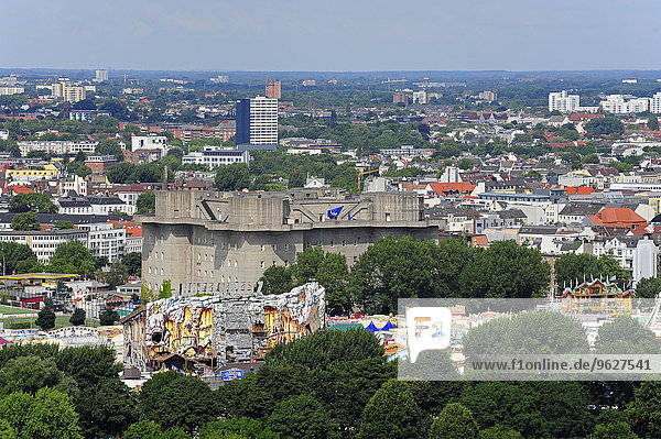 Deutschland  Hamburg  Stadtbild mit Bunker