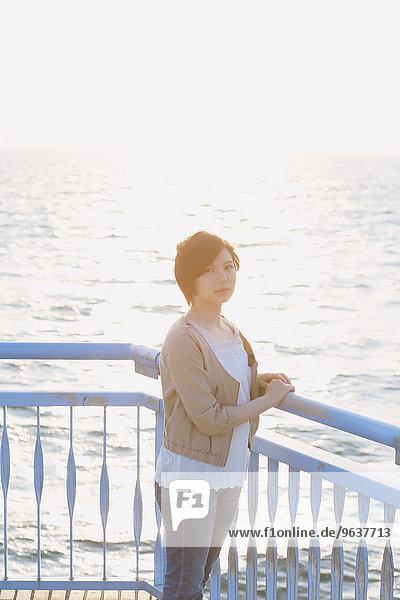 Frau Meer jung japanisch