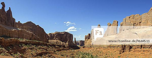 Felsformationen der Park Avenue  Arches-Nationalpark  Moab  Utah  USA  Nordamerika