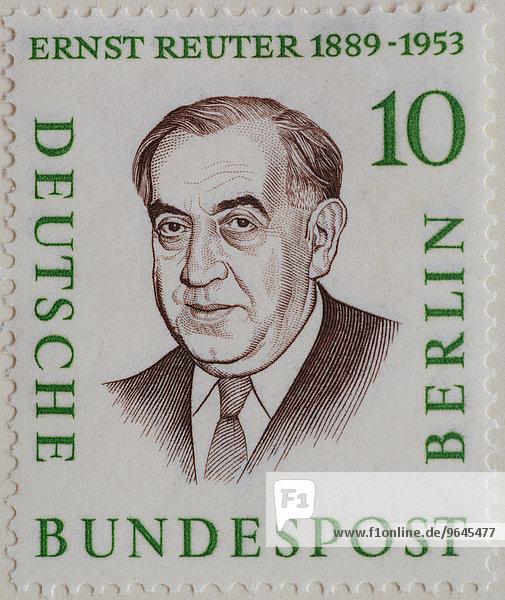 Ernst Reuter  Bürgermeister von West-Berlin 1948-1953  Porträt  deutsche Briefmarke  Berlin  1958