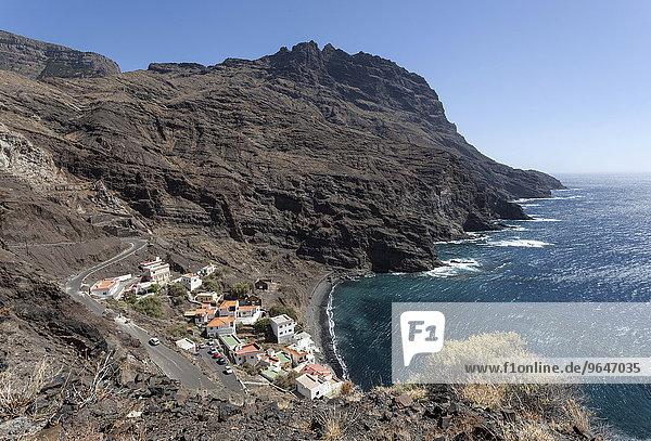 Ausblick auf Playa de Alojera und die Felsküste  La Gomera  Kanarische Inseln  Spanien  Europa