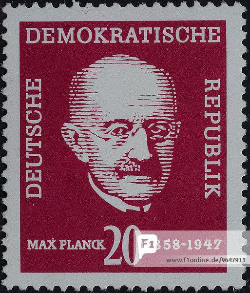 Max Planck  deutscher theorethischer Physiker der Quantentheorie  Nobelpreis für Physik 1918  Porträt  Briefmarke  DDR  1958