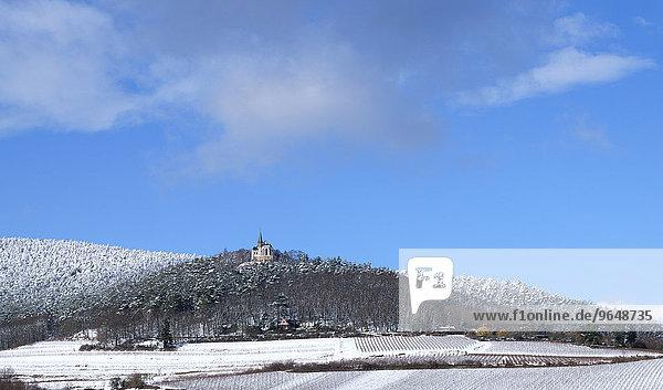 St.-Anna-Kapelle  römisch-katholische Wallfahrtskirche auf dem Annaberg  einem Bergvorsprung am Osthang des Teufelsberges  597 6 m  Haardt  Burrweiler  Südpfalz  Pfalz  Rheinland-Pfalz  Deutschland  Europa