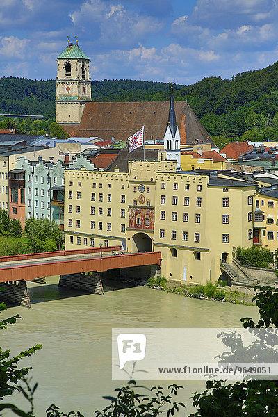 Brucktor und Rote Brücke  Wasserburg am Inn  Oberbayern  Bayern  Deutschland  Europa