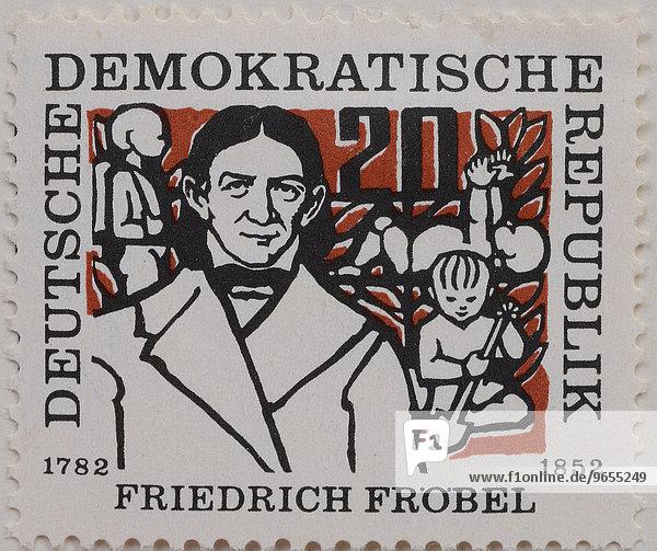 Friedrich Fröbel  Portrait auf einer Briefmarke  DDR  1957
