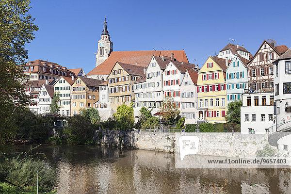 Altstadt mit Stiftskirche am Neckar  Tübingen  Baden-Württemberg  Deutschland  Europa