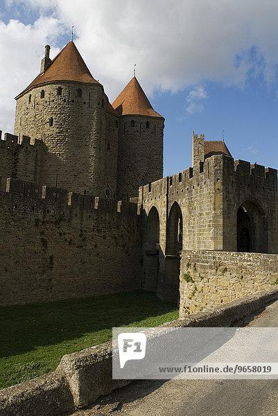 Porte Narbonnaise  Stadttor in Carcassonne  Frankreich  Europa