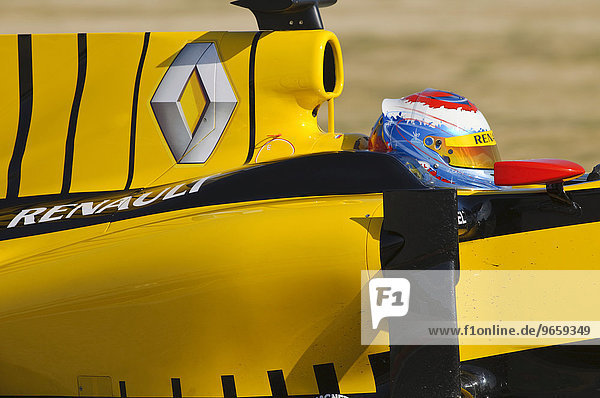 Vitaly Petrov  RUS  test driving the Renault R30 during Formula 1 test driving in Valencia  Spain  Europe