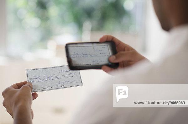 Handy Mann Fotografie nehmen Finanzmarkt Prüfung