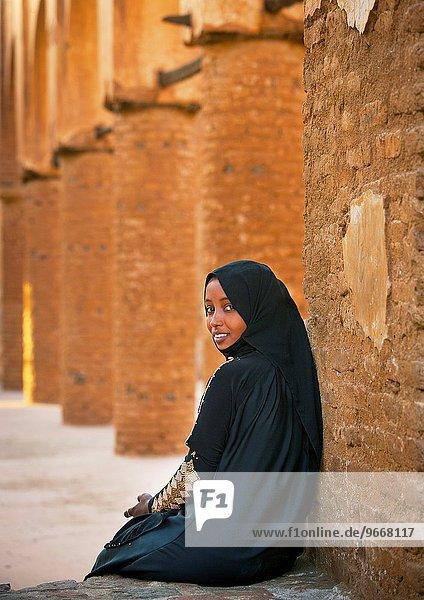 Young Woman In Khatmiyah Mosque  Kassala  Sudan