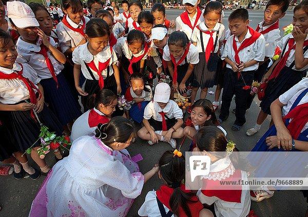 lachen lächeln Schule (Einrichtung) Nordkorea
