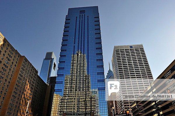 überqueren Gebäude Architekt blau Kreuz Philadelphia