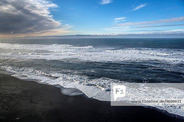 Strand zerbrechen brechen bricht brechend zerbrechend zerbricht Island