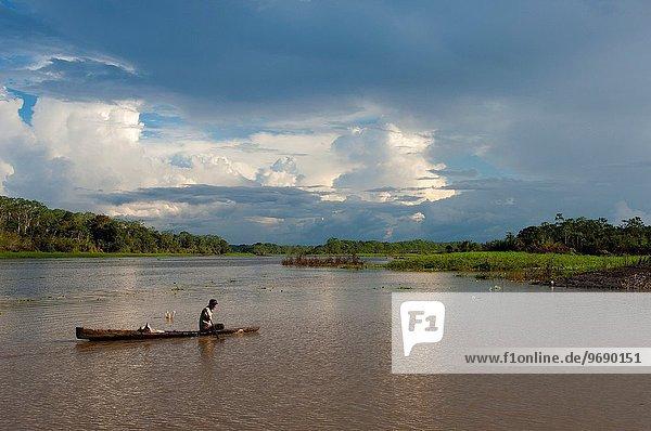 nahe Mann klein Fluss Peru