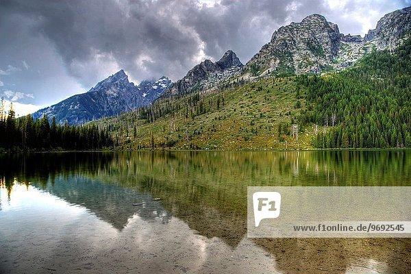 Nationalpark Ehrfurcht See Spiegelung Faden Saite Wyoming