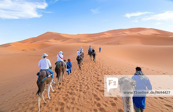 Tourist Wüste Sand Sahara Zimmer Düne Marokko