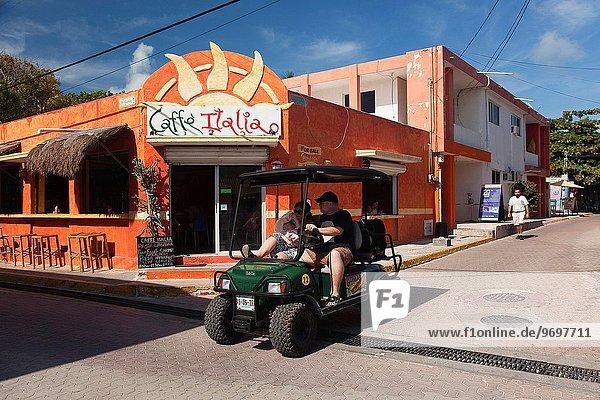 Fuhrwerk Mexiko Mittelamerika Golfsport Golf Cancun Isla Mujeres Quintana Roo