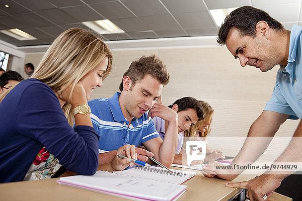 Hilfe Hispanier Lehrer Student Hochschule