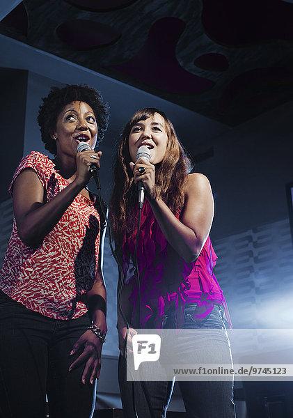 Freundschaft Gesang Nachtklub Karaoke
