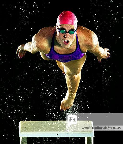 Europäer Schwimmer Start