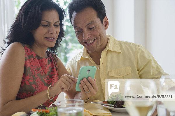 Handy benutzen Restaurant