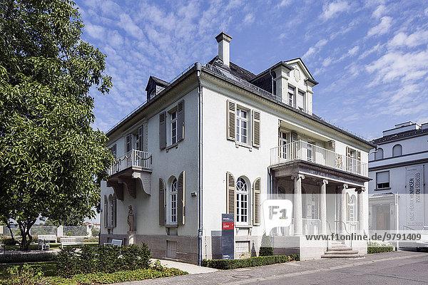 Opelvilla  Ausstellungs- und Kulturzentrum  Rüsselsheim  Hessen  Deutschland  Europa