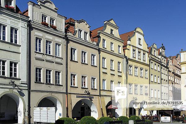 Giebelhäuser am Rathausplatz  Jelenia Gora oder Hirschberg  Woiwodschaft Niederschlesien oder Województwo dolno?l?skie  Polen  Europa