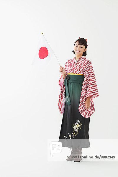 weiß Hintergrund jung Mädchen japanisch Kimono