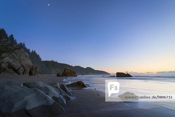 Landschaftlich schön landschaftlich reizvoll Sonnenuntergang Küste Ansicht