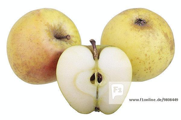 Apfelsorte Gelbe Sächsische Renette mit aufgeschnittenem Apfel