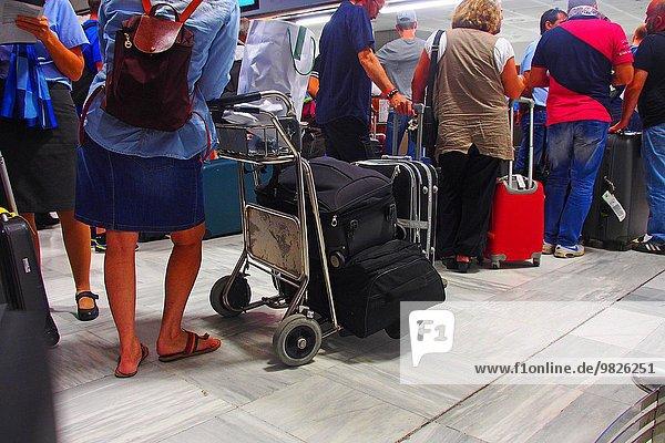 Airport queuing