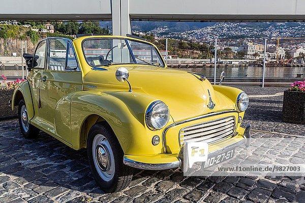 zeigen klein Auto Großstadt Hauptstadt früh Klassisches Konzert Klassik Funchal Madeira Portugal Show
