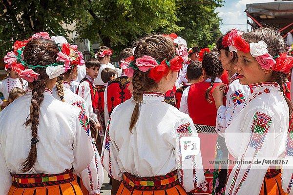 Frau Tradition Produktion Stadt jung Kostüm - Faschingskostüm 60 Bulgarien Öl Rose