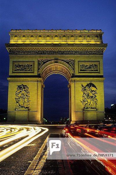 Paris Hauptstadt Frankreich Europa Quadrat Quadrate quadratisch quadratisches quadratischer Brücke Original Name Geographie Platz