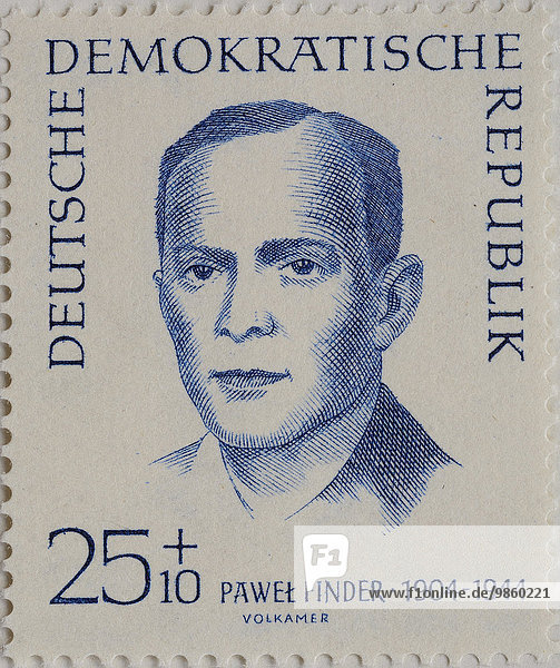 Pawel Finder  ein polnischer Politiker  1944 von den Nationalsozialisten getötet  Porträt auf einer Briefmarke der DDR von 1962