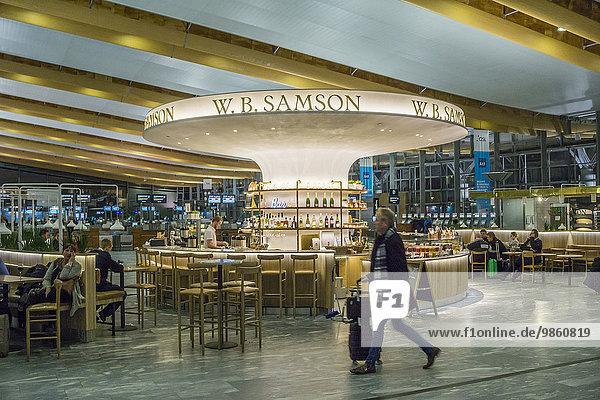 Flughafen Oslo  Terminal  Wartebereich
