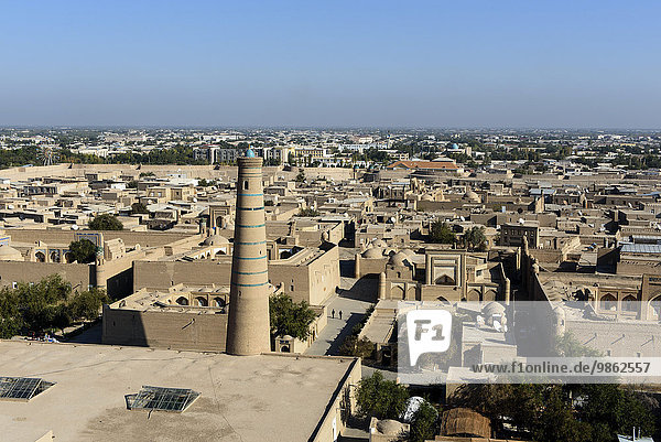 View from the Islomxoja minaret over the historic centre Ichan Qala  Unesco World Heritage Site  Khiva  Uzbekistan  Asia