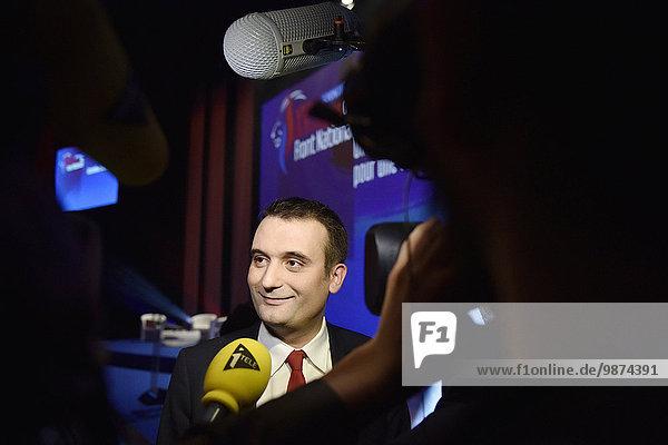 Stift Stifte Schreibstift Schreibstifte französisch Party frontal entfernt Politiker Politische Wahl 100 Lyon rechts