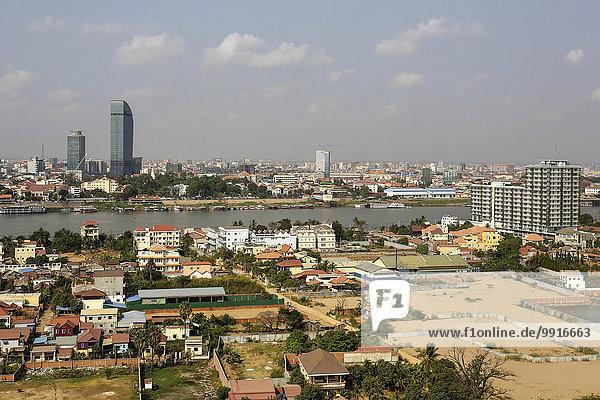 Skyline mit Canadia Bank- und Vatannac Capital Tower  Tonle Sap Fluss  Phnom Penh  Kambodscha  Asien