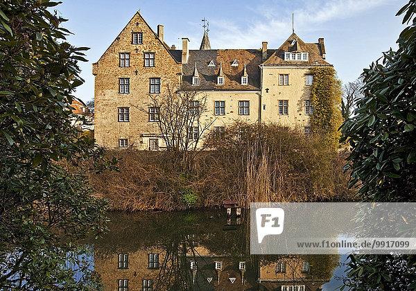 Schloss Höllinghofen  Arnsberg  Sauerland  Nordrhein-Westfalen  Deutschland  Europa