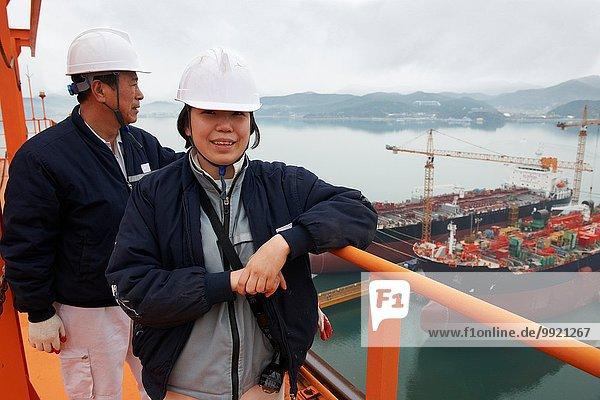 Portrait der Arbeiter im Seehafen  GoSeong-gun  Südkorea