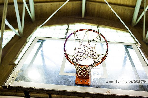 niedrig Basketball Ansicht Flachwinkelansicht einlochen Winkel