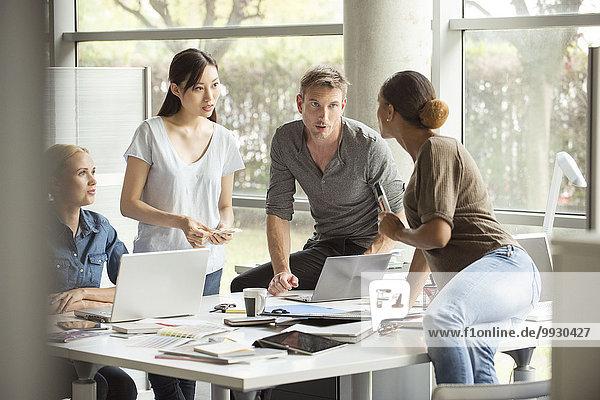 Brainstorming-Sitzung im Büro