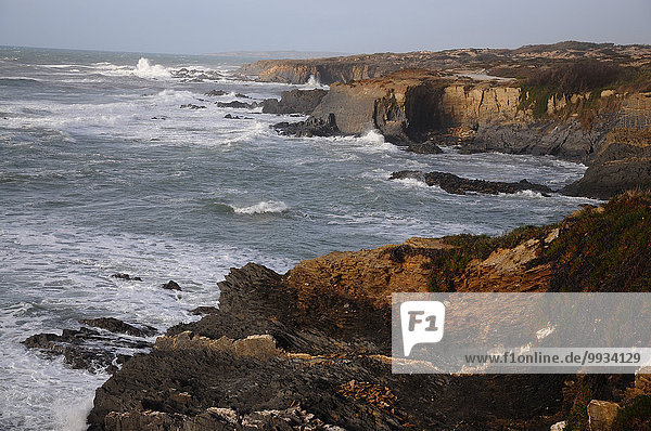 Europa Steilküste Küste Meer Atlantischer Ozean Atlantik Alentejo Portugal