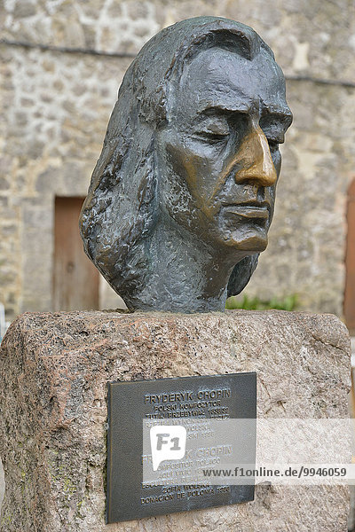 Büste des polnischen Komponisten Frédéric Chopin  Valldemossa  Mallorca  Balearen  Spanien  Europa