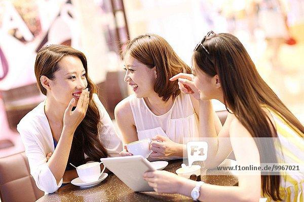 Frau Ostasien Cafe