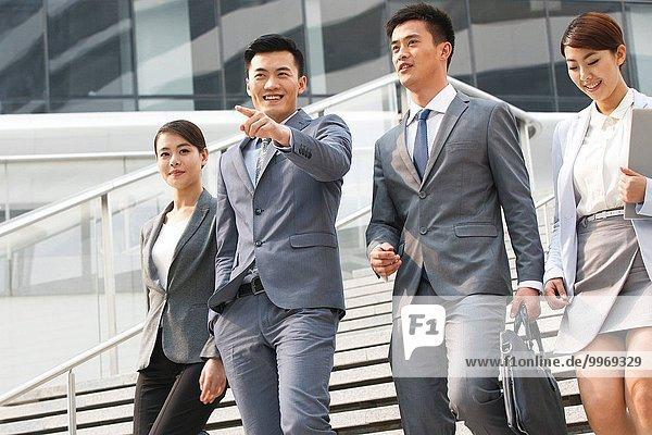 sprechen Mensch Menschen gehen Ostasien Business