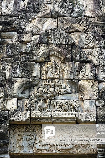Sandstone relief at the eastern entrance  Prasat  Phimai Historical Park  Korat  Nakhon Ratchasima Province  Isan  Isaan  Thailand  Asia